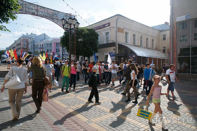 Бульвар Купца Евремова в Чебоксарах, Россия / Фото из России