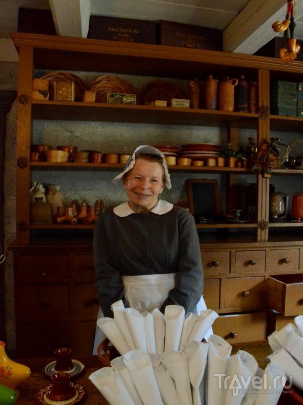 В сувенирной лавке в музее ремесел Луостаринмяки в Турку / Фото из Финляндии