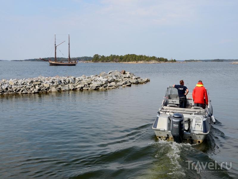 Гостей острова Океттума развозят на катерах, Финляндия / Фото из Финляндии