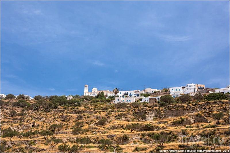 Столица Милоса город Плака / Фото из Греции