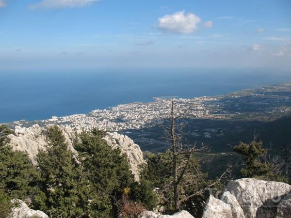 Весь мир на ладони, ты счастлив и нем... / Кипр