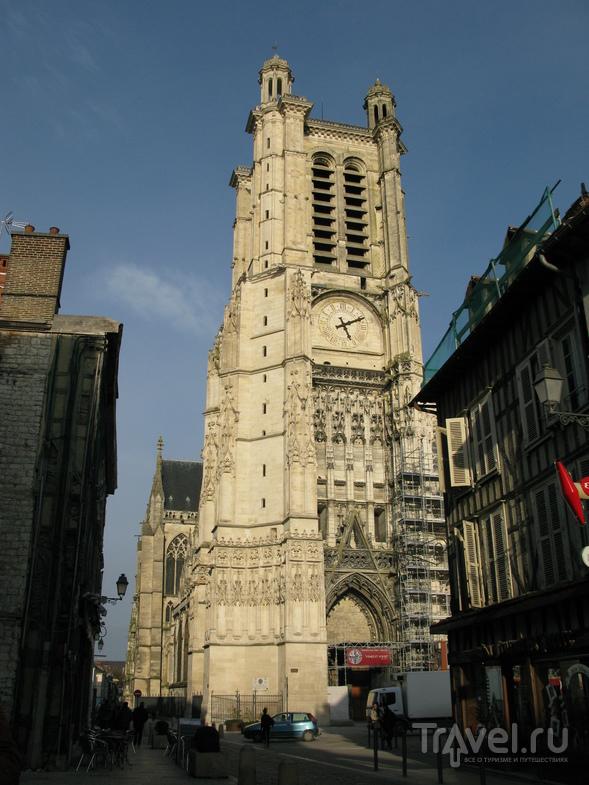 Кафедральный собор Святых Петра и Павла в Труа, Франция / Фото из Франции