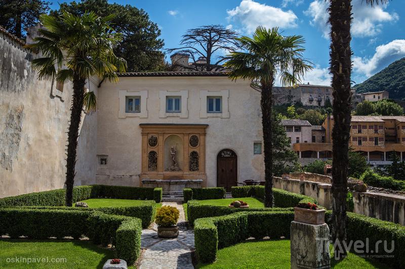 Под небом голубым есть город золотой / Фото из Италии