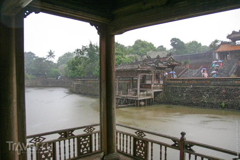 Ни Хуэ себе / Вьетнам