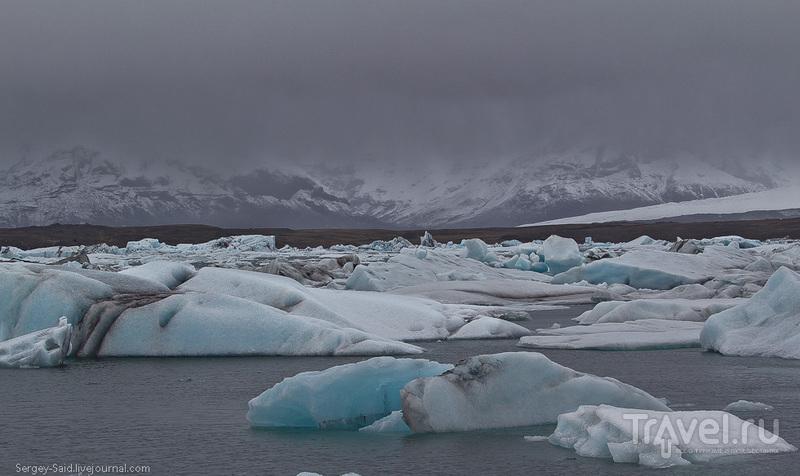 Лагуна айсбергов Ёкюльсарлон (Jökulsárlón) в дождь / Фото из Исландии