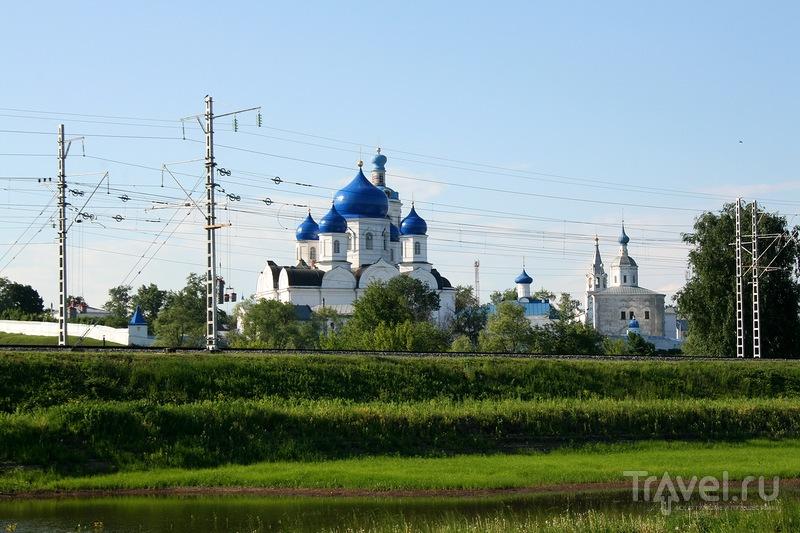 Свято-Боголюбский женский монастырь в Боголюбово, Россия / Фото из России