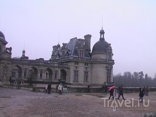 Замки Луары и Шантийи за компанию / Франция