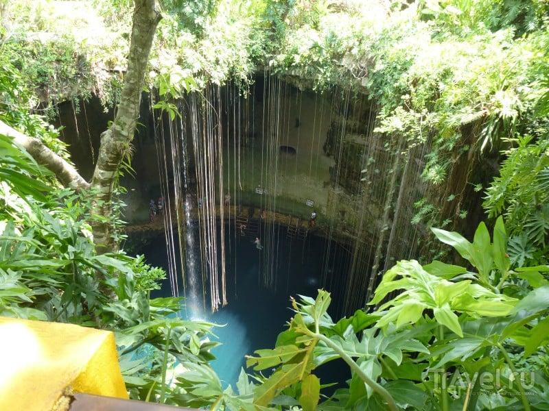 Ик-Киль - прекрасное глубоко / Мексика