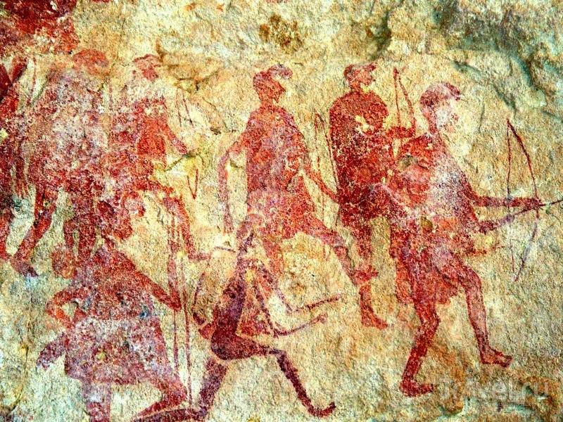 Уникальные рисунки относятся к периоду от 12 тысяч лет до н. э. до I века н. э., Ливия / Ливия