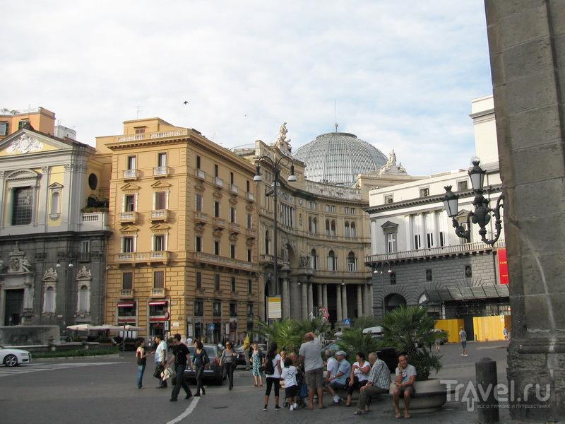 В краю сирен и лимончелло. Неаполь / Италия