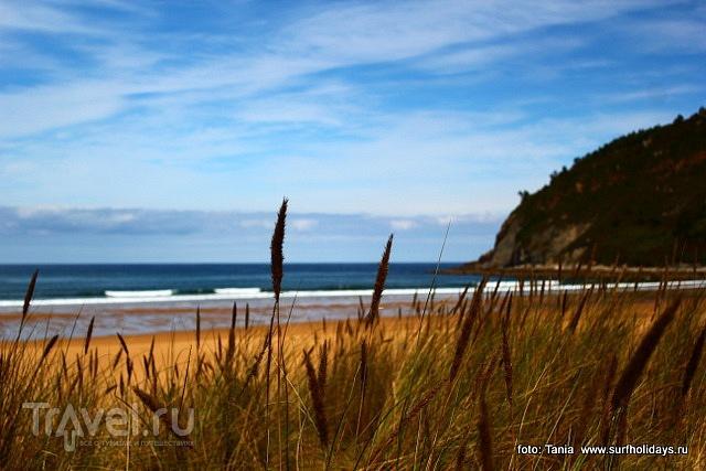 Пляж и волны Родилес. Астуриас. Испания / Фото из Испании