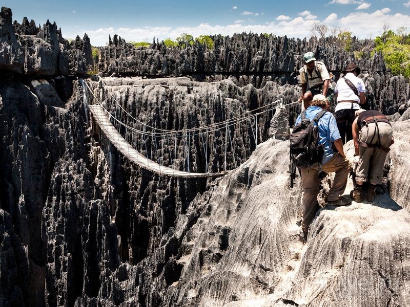На путешествие по заповеднику Tsingy de Bemaraha лучше всего закладывать три-четыре дня, Мадагаскар / Мадагаскар