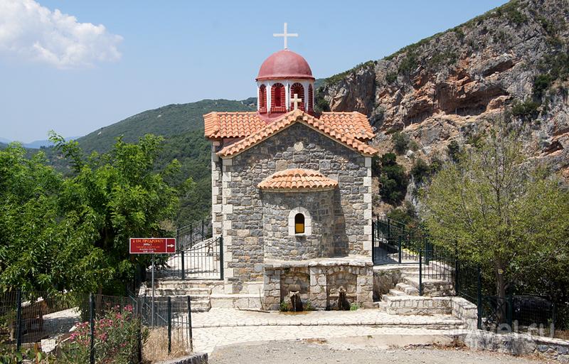 Монастырь Иоанна Продрому (Предтечи) в Стемнитце, Греция / Фото из Греции