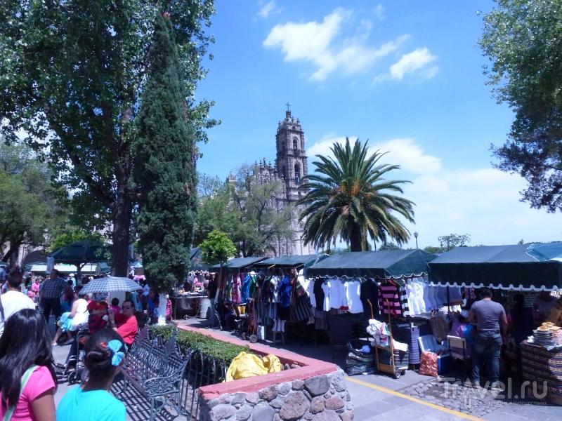 Большая ярмарка в маленькой деревне / Мексика