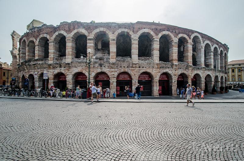 Амфитеатр в Вероне, Италия / Фото из Италии
