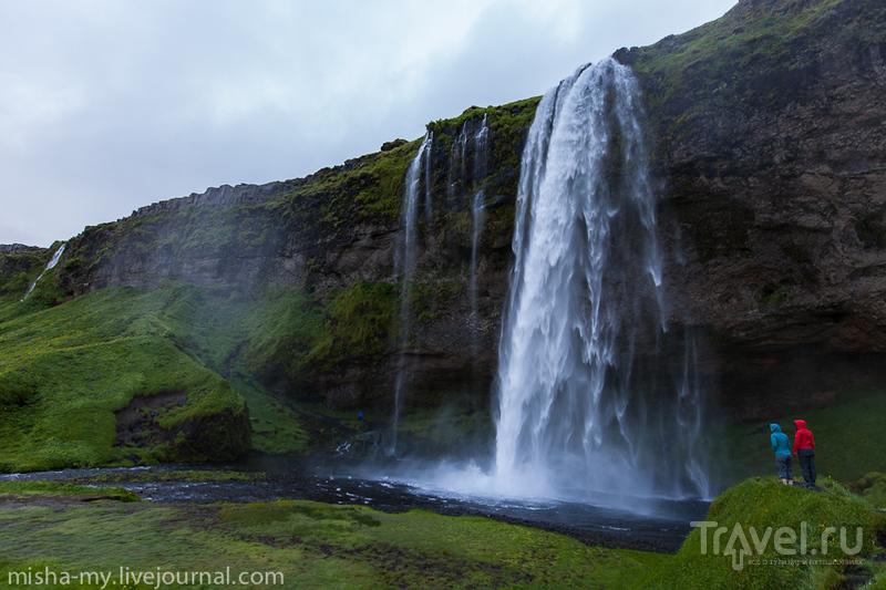 Водопад Селйяландсфосс (Seljalandsfoss), Исландия / Фото из Исландии