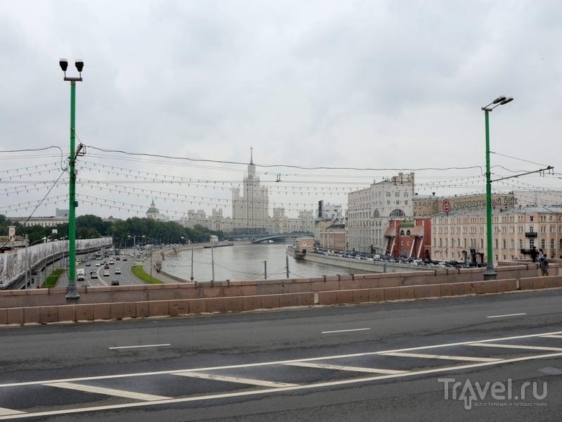 Маршрут №2 проходит по западной части центра Москвы