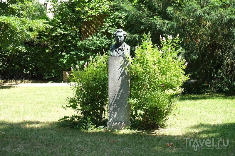 Памятник Шуберту в Мельке, Австрия / Фото из Австрии