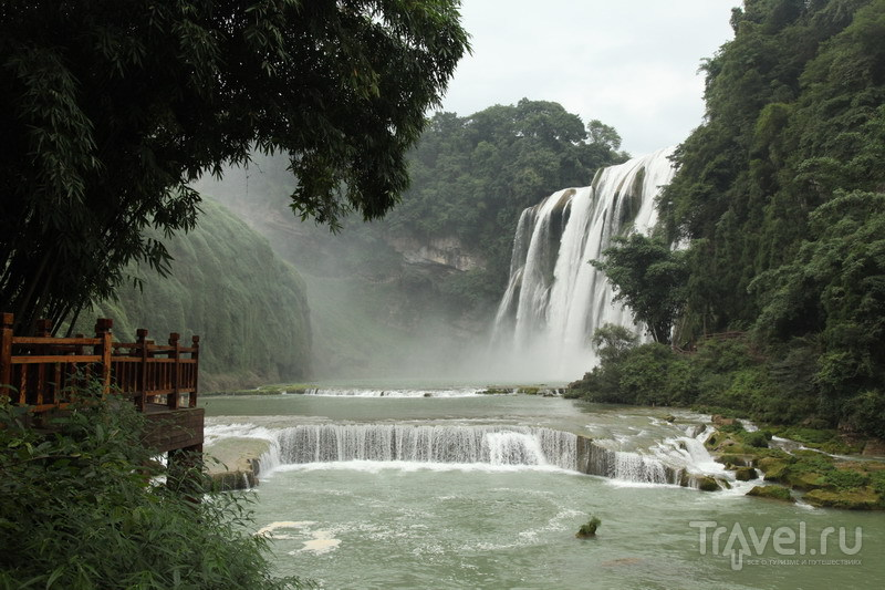 Китай, водопады Хуангошу / Китай