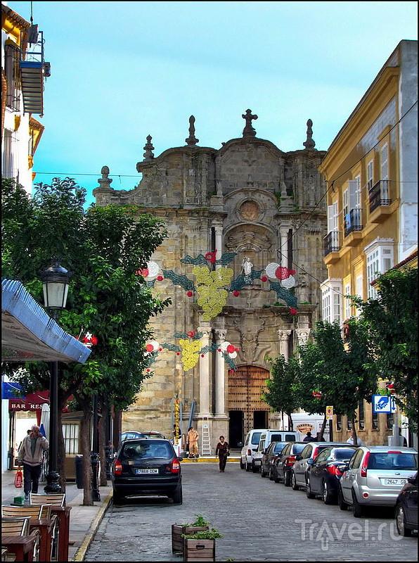 Церковь San Mateo в Тарифе, Испания / Фото из Испании