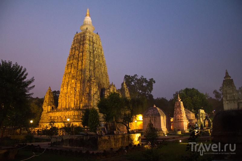 Храм Махабодхи в Бодх-Гаи, Индия / Фото из Индии