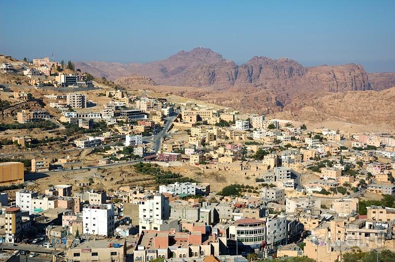 Город Вади-Муса, Иордания / Фото из Иордании