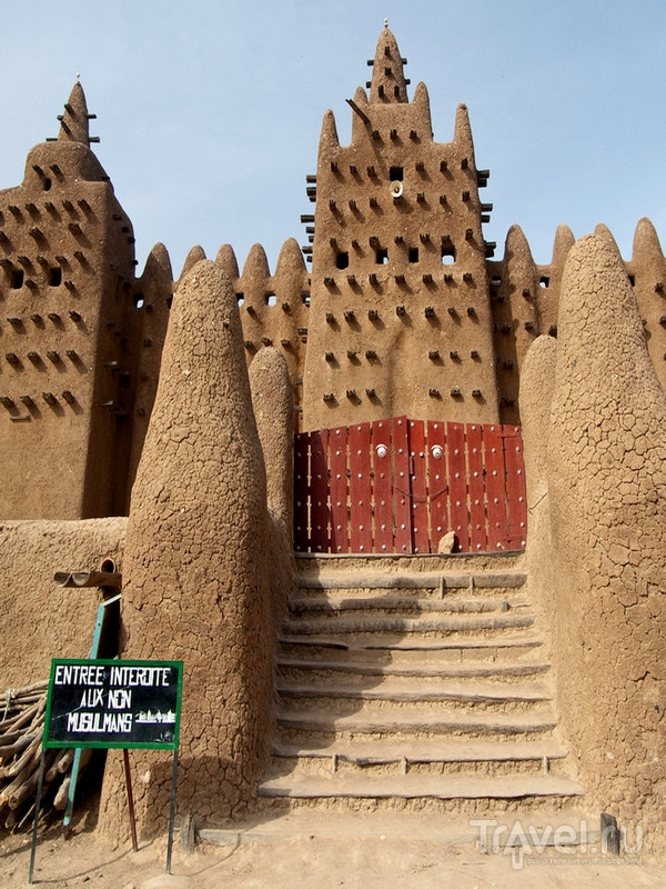 Мечеть в Дженне была построена всего за три года, Мали / Мали
