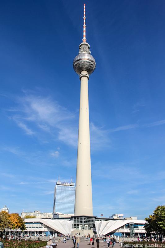 Берлинская телебашня в Берлине, Германия / Фото из Германии