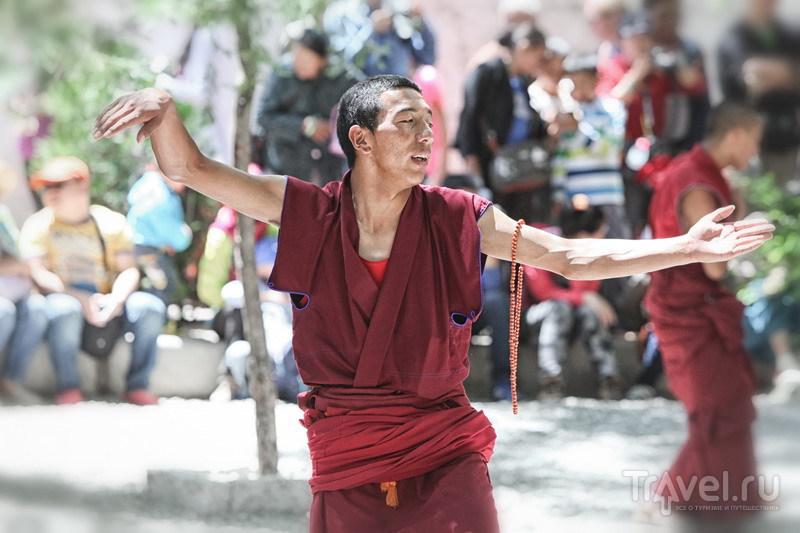 На внедорожниках в Тибет. Монастырские истории / Китай