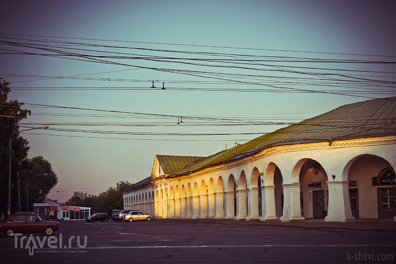 Торговые ряды в Костроме, Россия / Фото из России