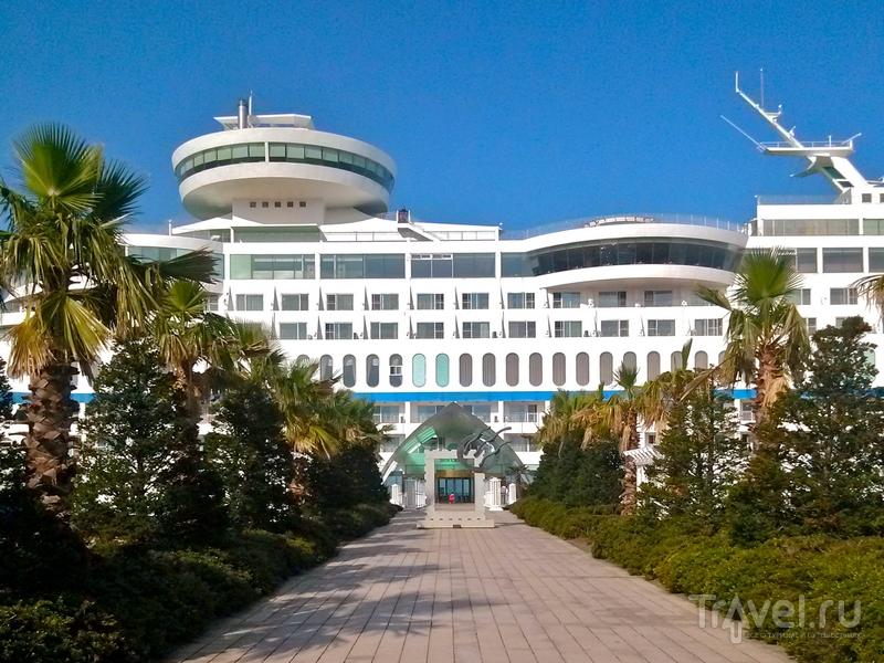 Главный вход в отель Sun Cruise Resort в Южной Корее / Южная Корея
