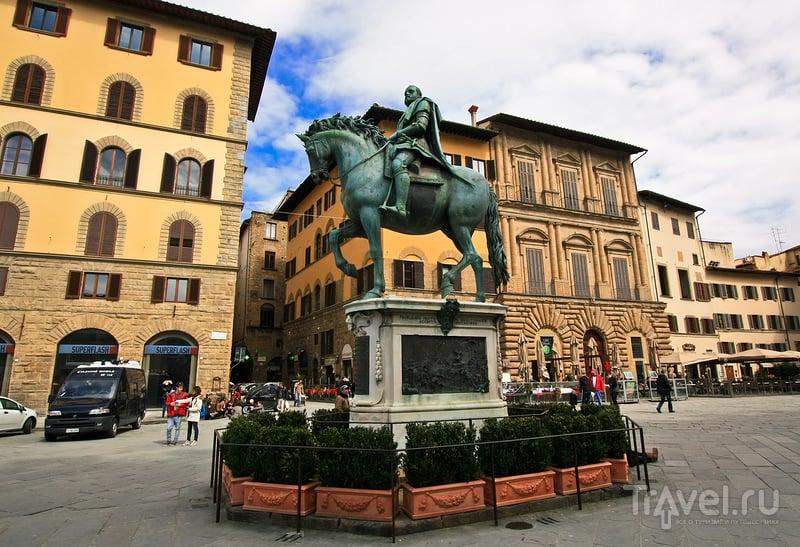Конный памятник Козимо I во Флоренции, Италия / Фото из Италии