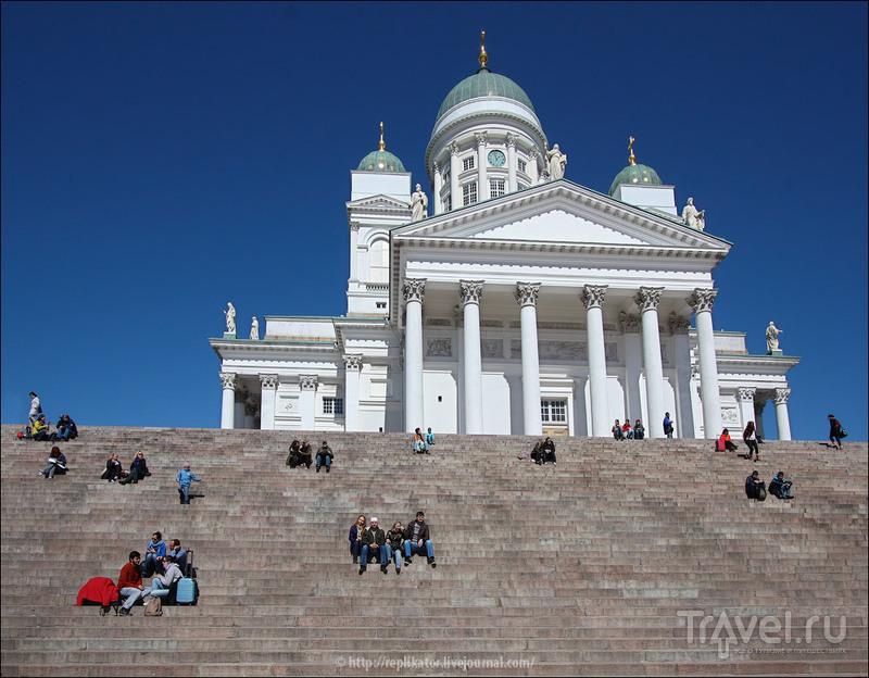 Кафедральный собор на Сенатской площади в Хельсинки, Финляндия / Фото из Финляндии