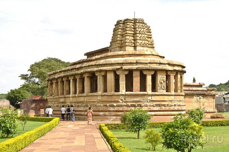 Хампи - Айхоле - Паттадакал / Индия