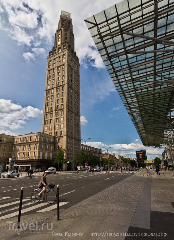 Башня Перре в Амьене, Франция / Фото из Франции