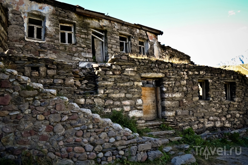 Гергети. Дорога к храму / Фото из Грузии