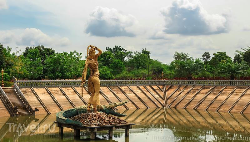 В городе Удонг, Камбоджа / Фото из Камбоджи