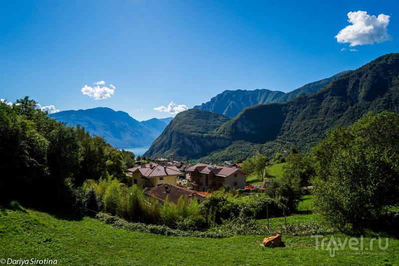 Озеро Рива-дель-Гарда, Италия / Фото из Италии