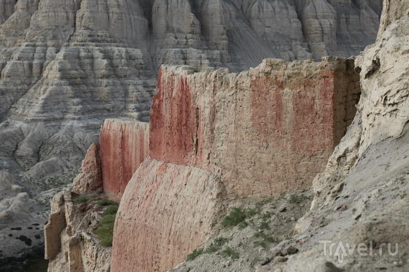 На внедорожниках в Тибет. Пещерное царство Гуге / Фото из Китая