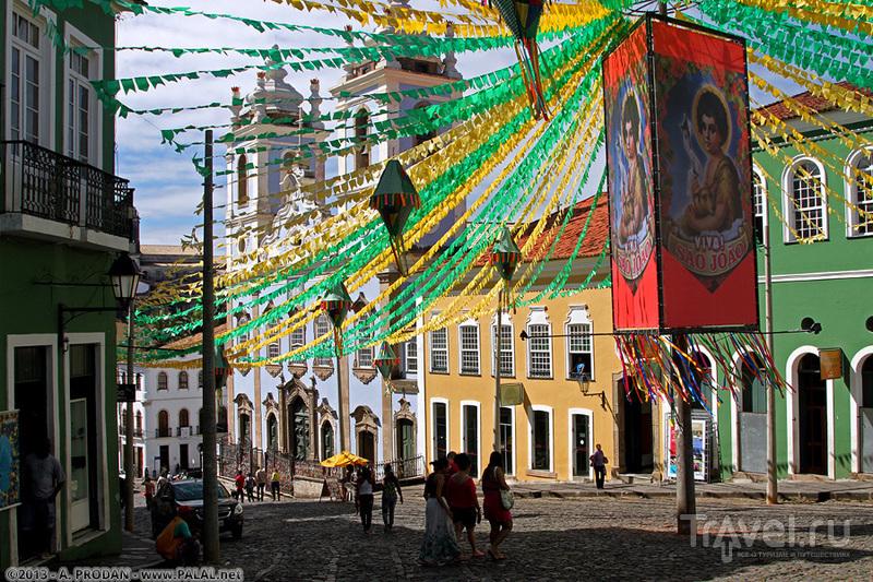 В районе Пелуринью в городе Салвадор, Бразилия / Фото из Бразилии