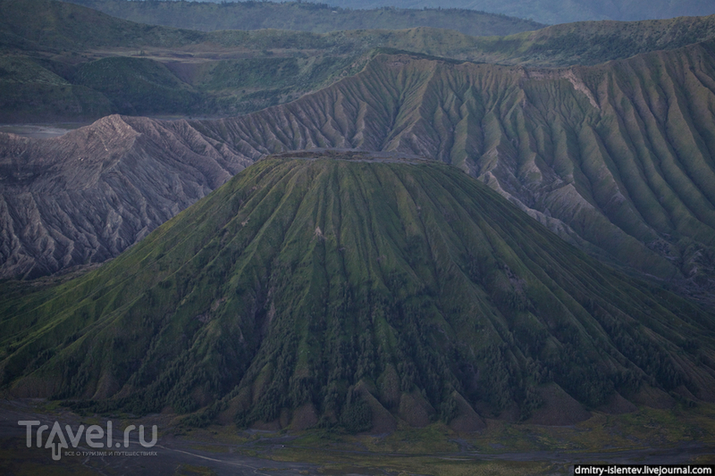 Вулкан Баток / Индонезия