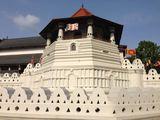 Храм зуба Будды / Шри-Ланка