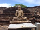 Статуя Будды / Шри-Ланка