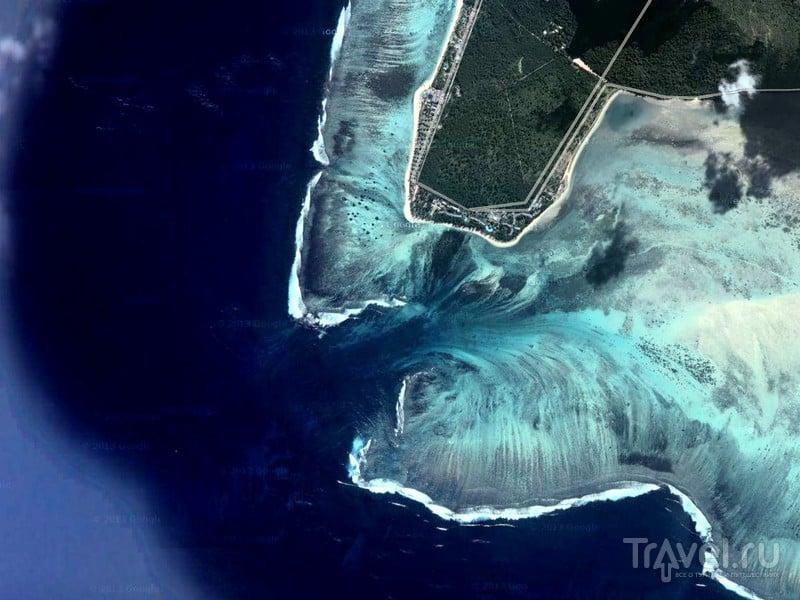 Расположенная в Индийском океане иллюзия подводных каскадов, Маврикий / Маврикий