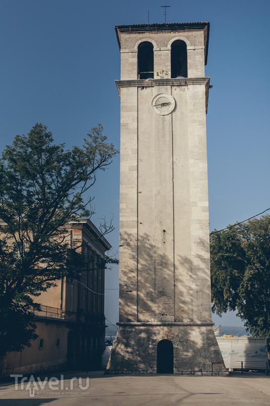 Колокольня Собора Вознесения Девы Марии в Пуле, Хорватия / Фото из Хорватии