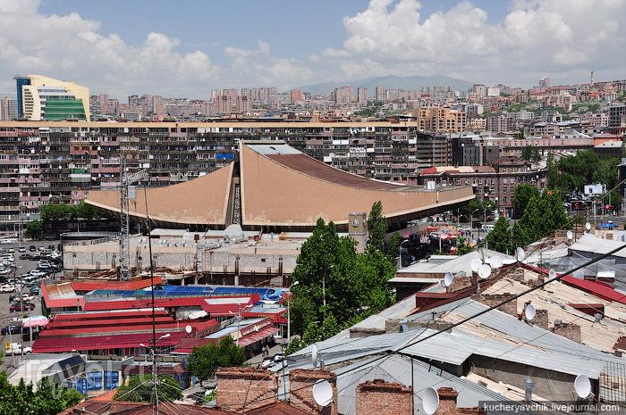 В городе Ереван, Армения / Фото из Армении