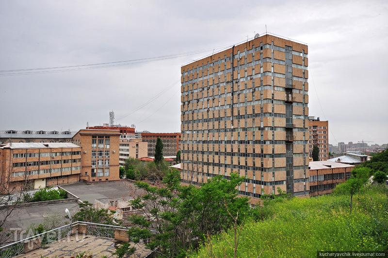 Корпуса Ереванского политехнического института, Армения / Фото из Армении