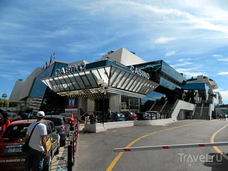 Дворец фестивалей и конгрессов в Каннах, Франция / Фото из Франции
