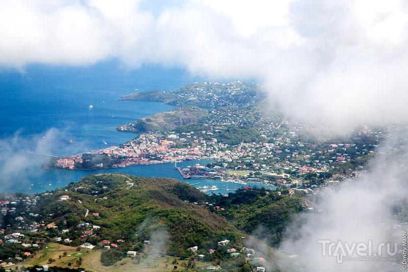 Столица Гренады - город Сент-Джорджес / Фото с Сент-Винсента и Гренадин