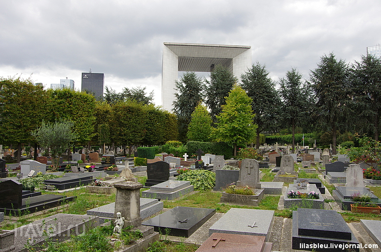La Défense с неожиданного ракурса / Франция